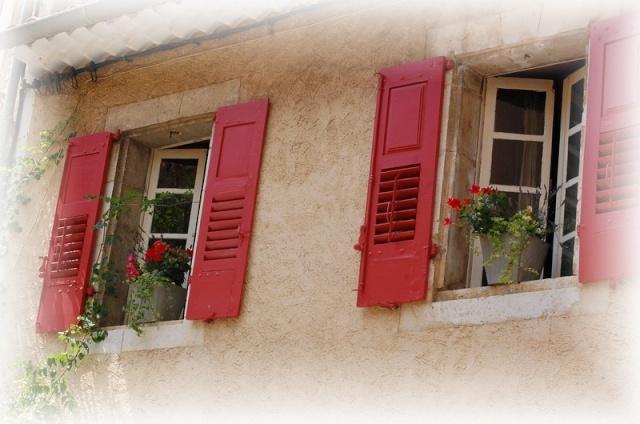 portes et fenêtres ,a vos photos - Page 4 Dsc_1020
