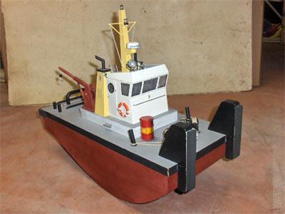 Petit bateau RC pour rechercher bateau en panne... Spring10