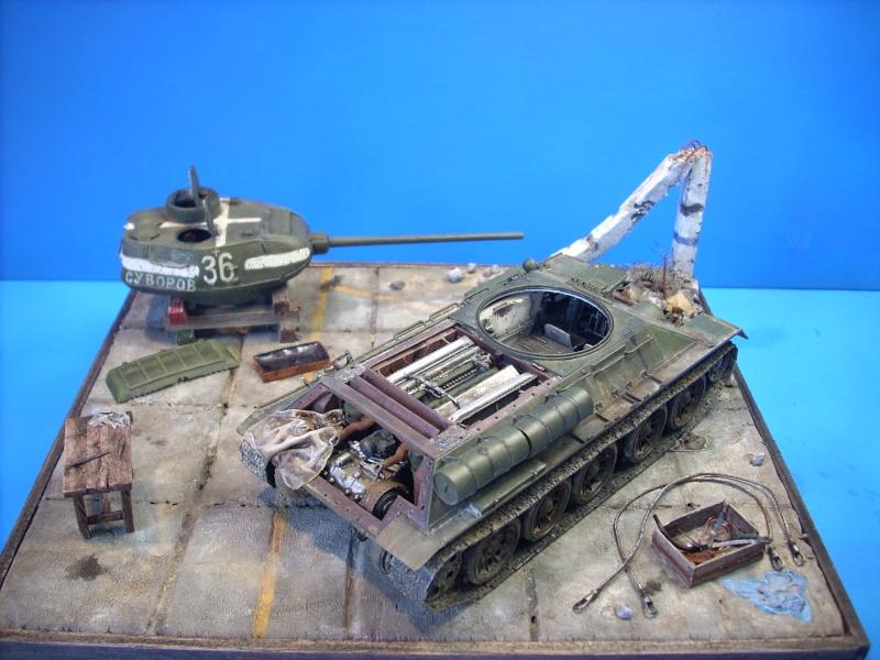 T 34/85 Hobby Boss 1/48eme - Page 2 Dscn1515