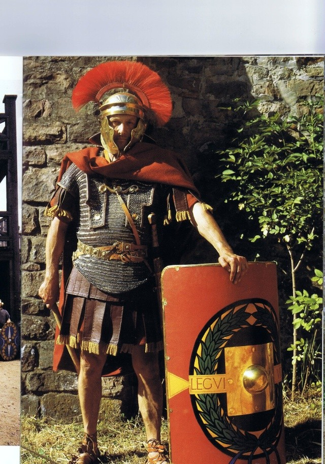 Roman Legionary terminé !!!! Cape_r11