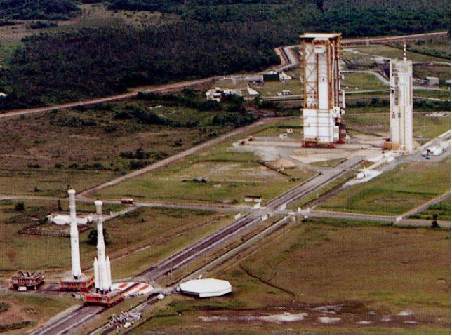 """Lancement Ariane 5 - VA219 / ATV-5 """"Georges Lemaître"""" - 29 juillet 2014 - Page 2 V96_v910"""