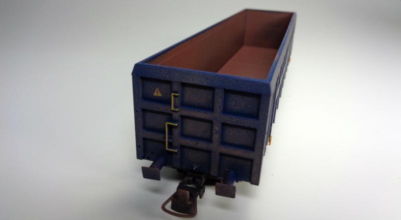 Premier projet aérographe: Wagon tombereau 4 essieux des CFL Dsc01511