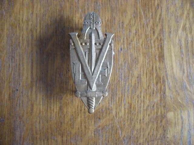 L'insigne de volontaire dans la LVF Img_3210