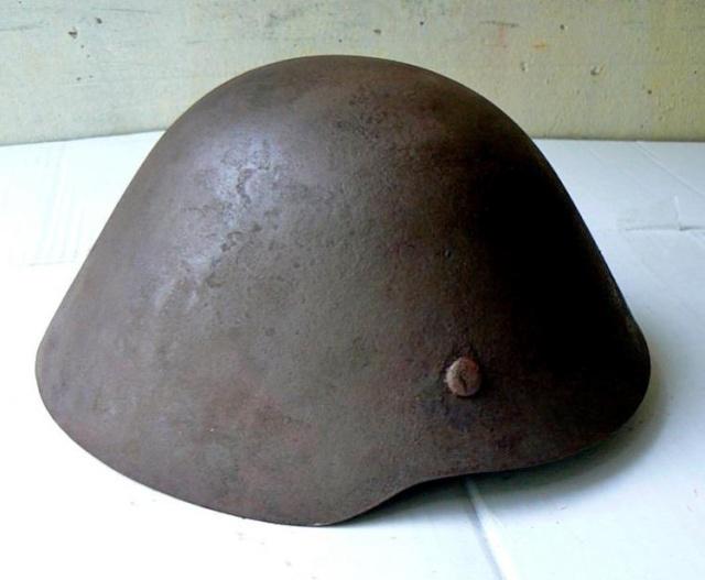 Reconstitution d'un casque allemand B-II Pic-2-10