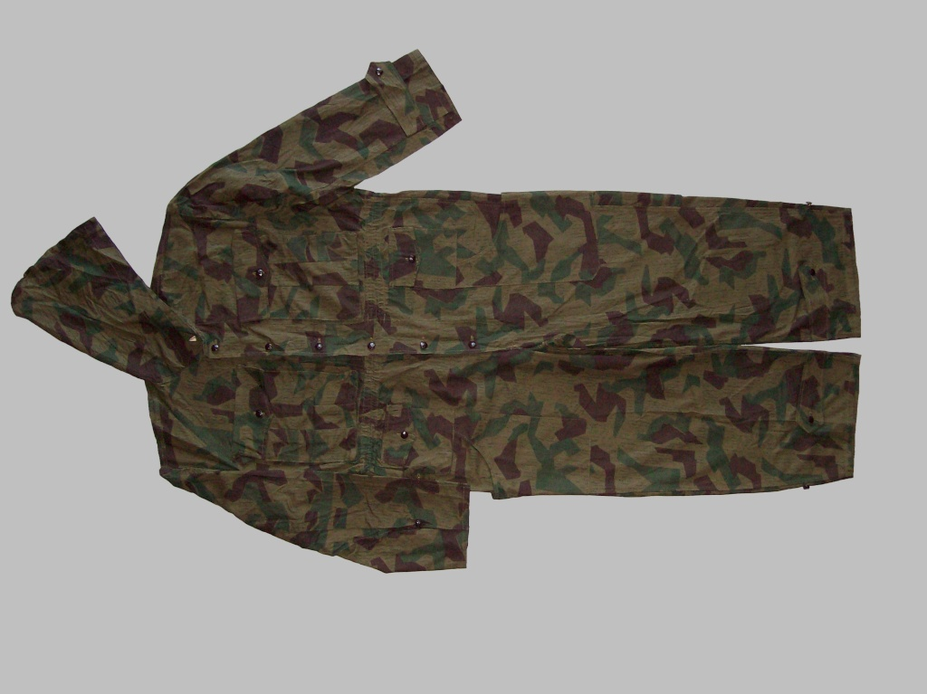 Bulgarian Post War Camouflage Coveralls 100_5410