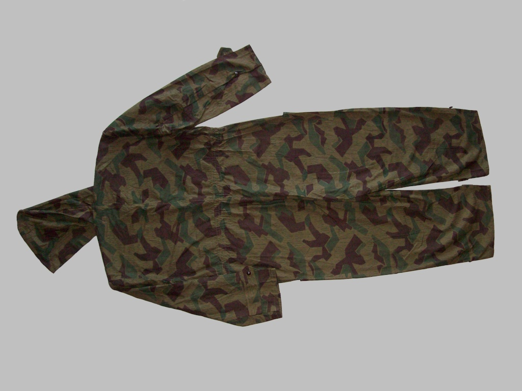 Bulgarian Post War Camouflage Coveralls 100_5411