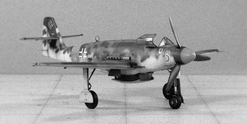 """Messerschmitt Me 509 A-1 """"Sperber"""" (1:48 - TRUMPETER) Img_6725"""