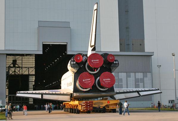 [STS 125 - Atlantis] : Mission de service vers Hubble, les préparatifs (lancement le 11/05/2009) - Page 6 Rollov10