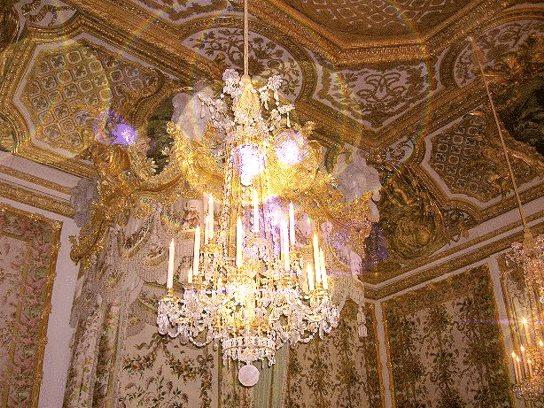 chambre - La chambre de la Reine à Versailles - Page 2 10353010