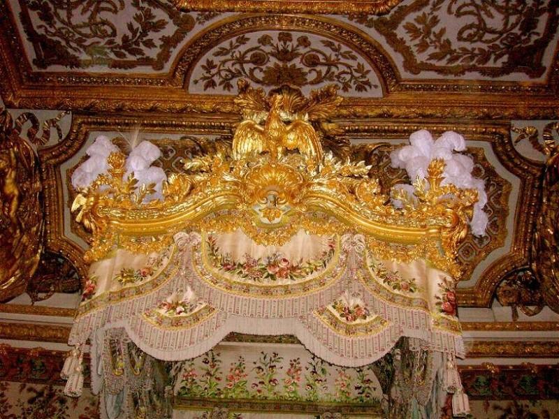 chambre - La chambre de la Reine à Versailles - Page 2 10583810