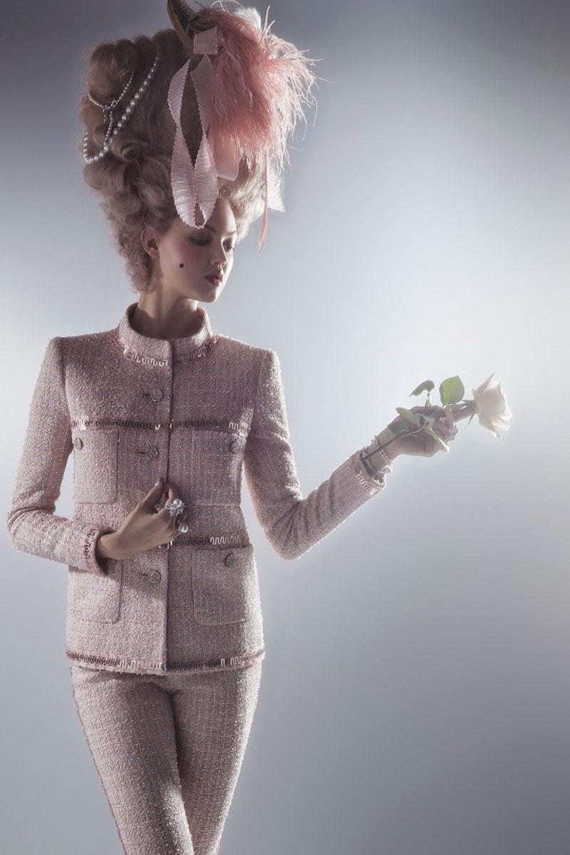 mode - Marie-Antoinette muse de la Mode  - Page 3 Lindse11