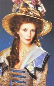 Je m'appelais Marie-Antoinette de Robert Hossein Violai10