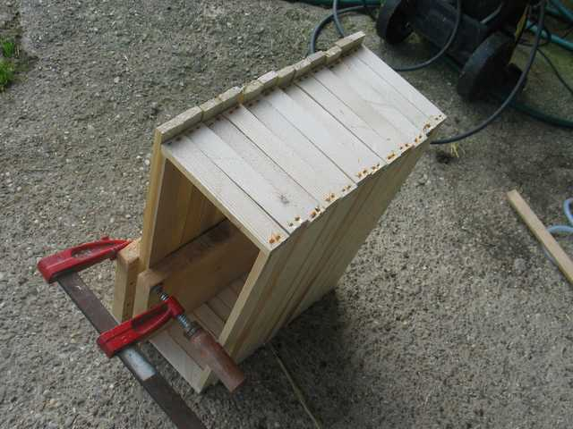 Construction de cadres de ruches  Img_2120