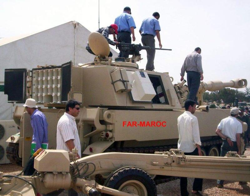 Photos - Artillery et MRLS M10910