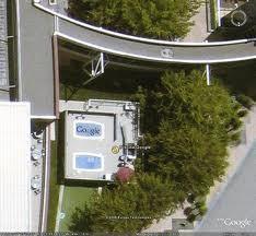 Les piscines du Monde découvertes avec Google Earth - Page 2 Sans_427
