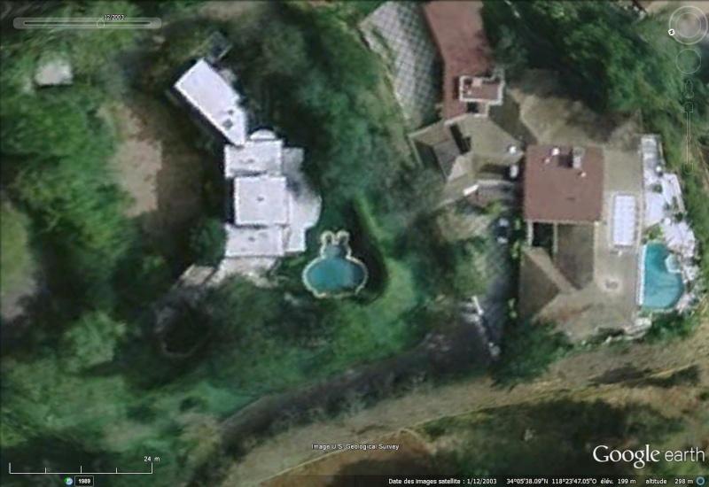 Les piscines du Monde découvertes avec Google Earth - Page 2 Sans_437