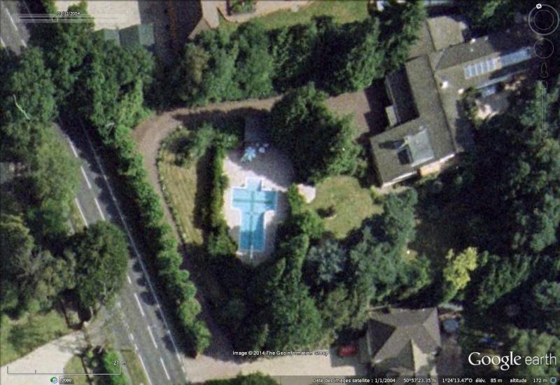 Les piscines du Monde découvertes avec Google Earth - Page 2 Sans_438