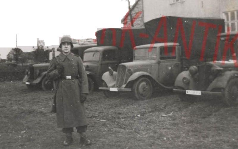 Photos de Citroën pendant la Seconde Guerre Mondiale - Page 12 Capt1669
