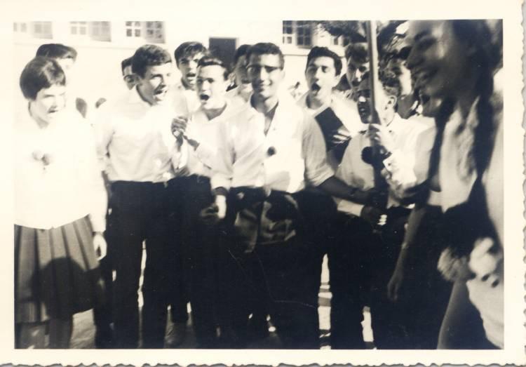"""Les """"Père Cent"""" et Photos de fin d'étude - Page 4 1961_110"""