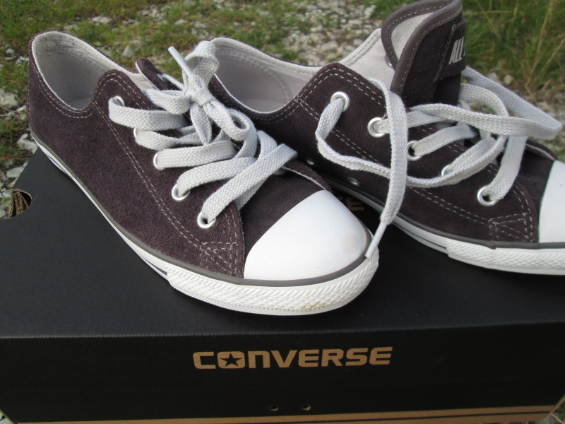 Vends 2 paires de Converse Neuves en Nubuck Img_2118