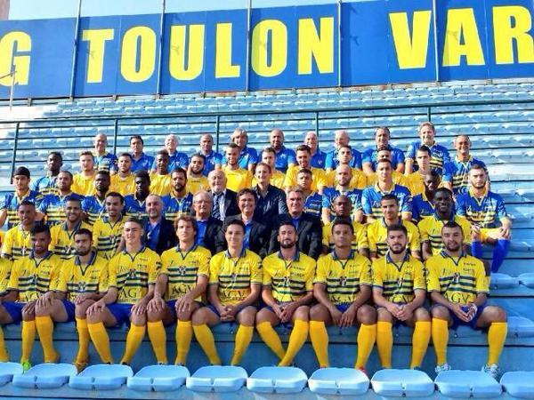 Photo officiel du Sporting Toulon Var pour la Saison 2014-20 Bxxfnu10