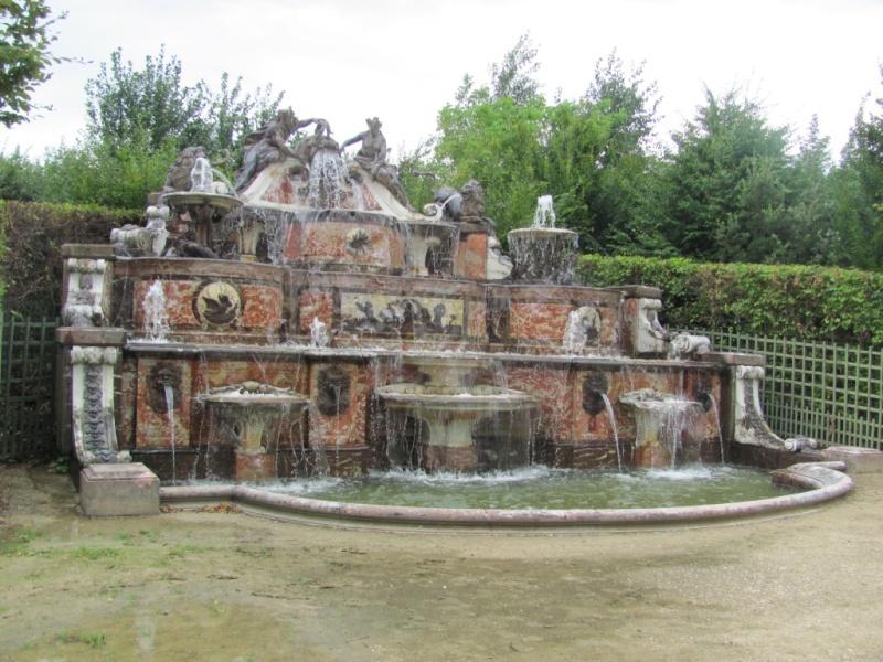 Le Grand Trianon - Page 2 Img_6019