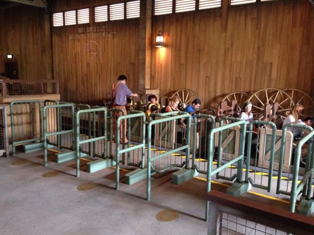 A la découverte d'Hong Kong Disneyland Resort : mes impressions Grizzl15