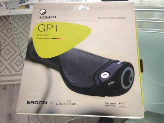Poignées de guidon ergonomiques et extensions de poignée (bar-end) - Page 10 Img_3613