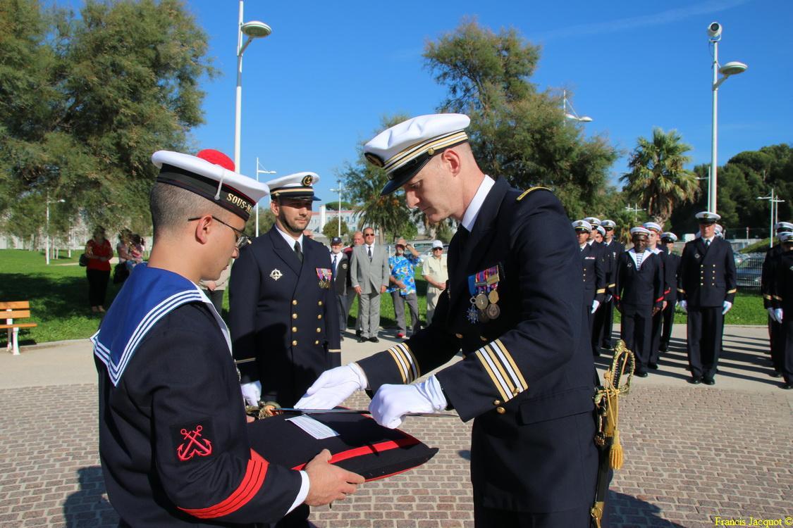 [Les traditions dans la marine] Remise du Sabre 0234