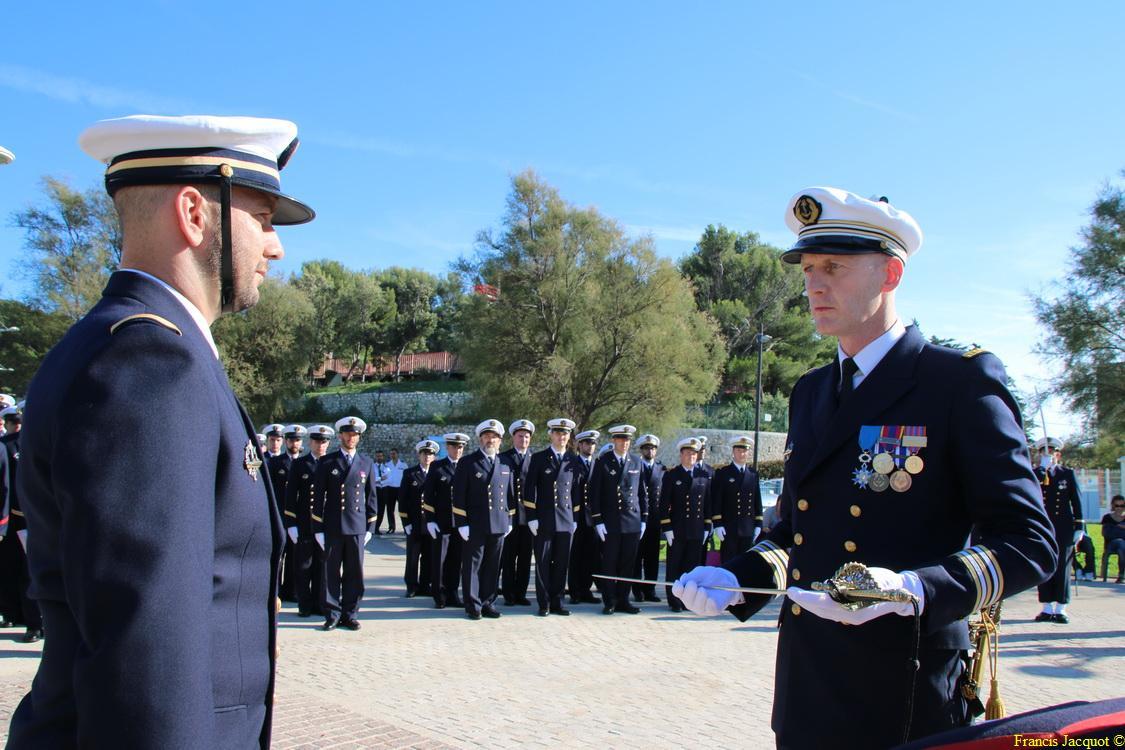 [Les traditions dans la marine] Remise du Sabre 0335