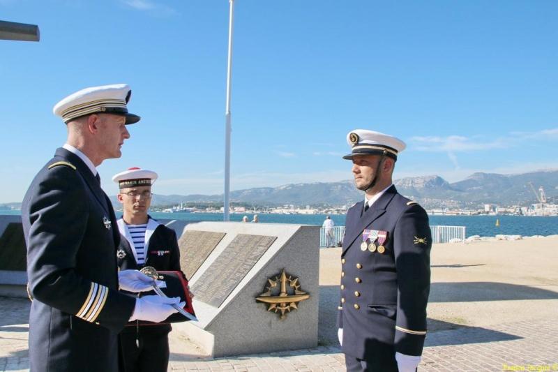 [Les traditions dans la marine] Remise du Sabre 0535