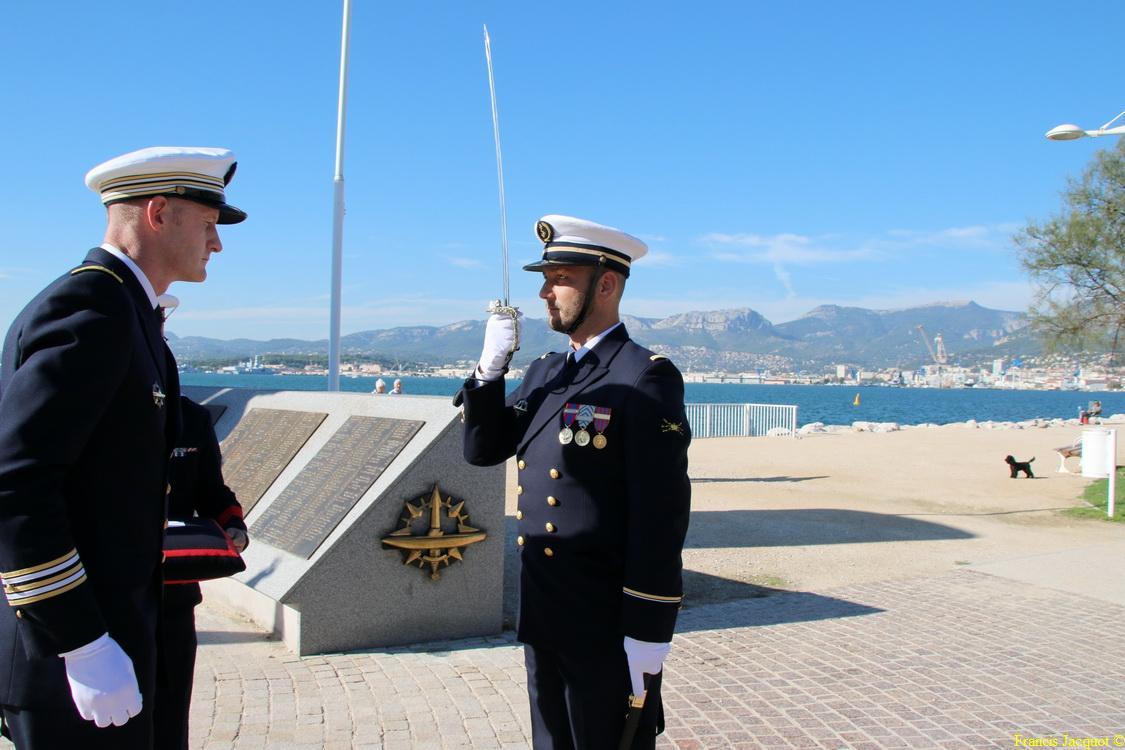 [Les traditions dans la marine] Remise du Sabre 0734