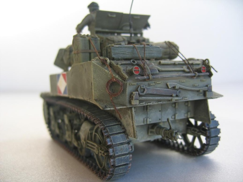 US light tank M5A1 Tamiya - Willys Jeep with trailer Italeri les deux au 1/35e 40-pho11