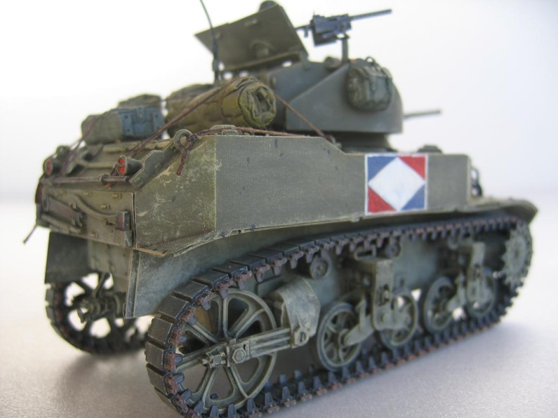 US light tank M5A1 Tamiya - Willys Jeep with trailer Italeri les deux au 1/35e 40-pho12
