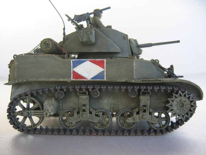 US light tank M5A1 Tamiya - Willys Jeep with trailer Italeri les deux au 1/35e 40-pho13