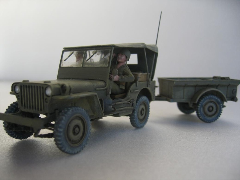 US light tank M5A1 Tamiya - Willys Jeep with trailer Italeri les deux au 1/35e 40-pho22