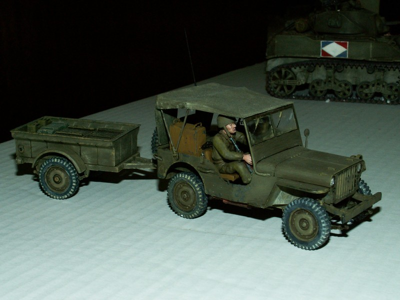 US light tank M5A1 Tamiya - Willys Jeep with trailer Italeri les deux au 1/35e Combat14
