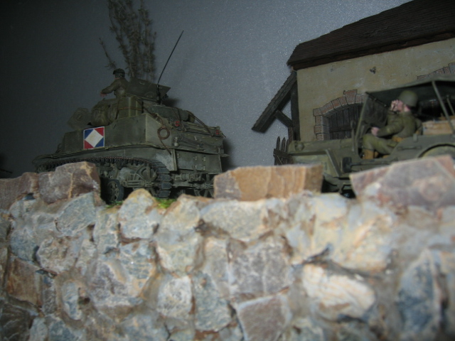 US light tank M5A1 Tamiya - Willys Jeep with trailer Italeri les deux au 1/35e Photo_51