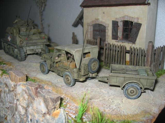 US light tank M5A1 Tamiya - Willys Jeep with trailer Italeri les deux au 1/35e Photo_52