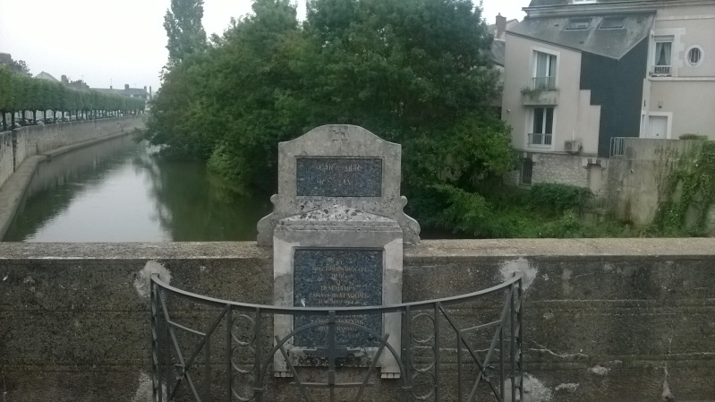 Stèles en Loir et Cher Wp_20113