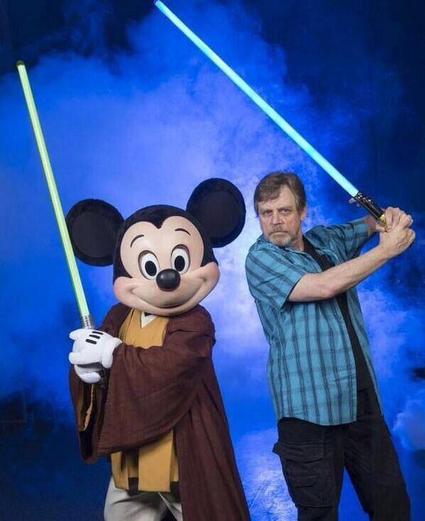 Disney - Star Wars Week End 2014 - Page 2 Mark10