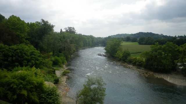 40 - Les cours d'eau... photos reçues - Page 3 Gave_d11