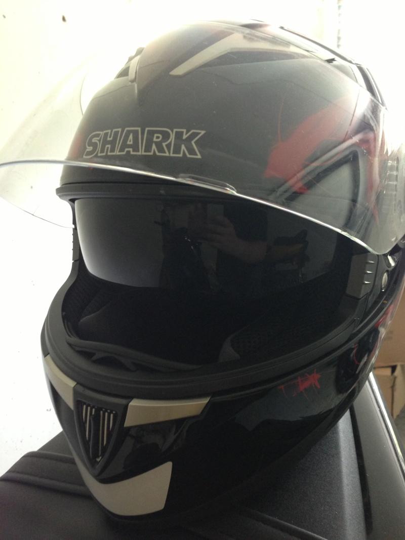 [VDS] Casque Shark S900 Glow noir et rouge Img_2817