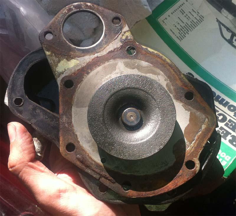 GTS phase 1 - pompe à eau, courroie distribution, acccessoire 210