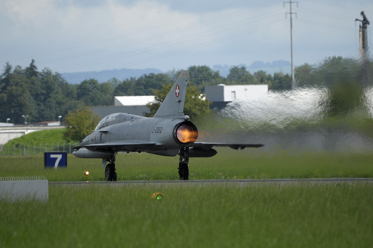AIR14 à Emmen Hb-rdf12