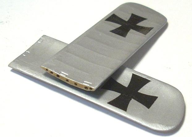 Deux Pfalz D-III / D-IIIa et demi,  1/72 - Page 4 Monta127