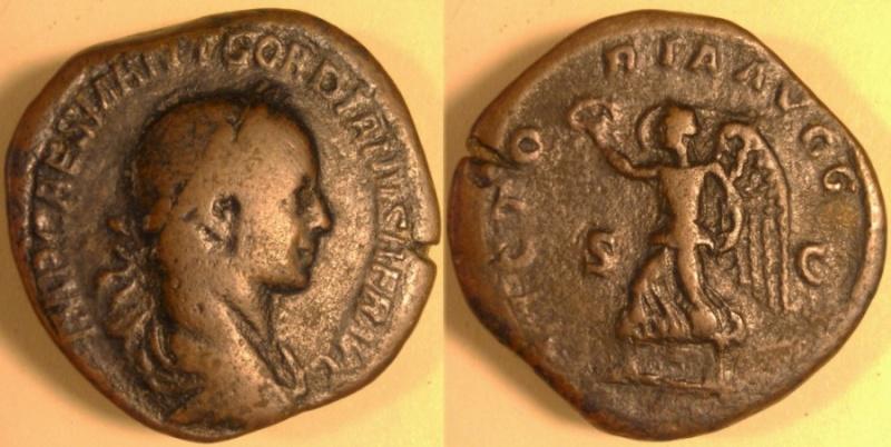 Un bien curieux sesterce pour Gordien II... Sester16