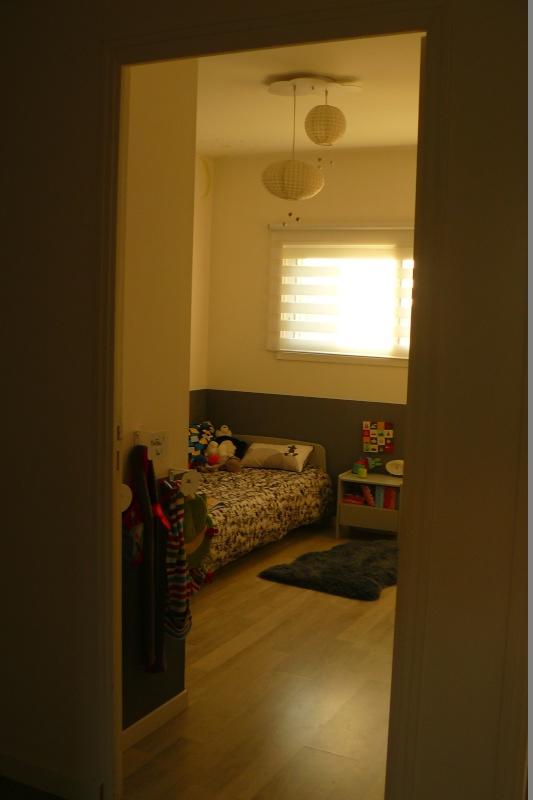 quel lit pour un grand de 2 ans. Black Bedroom Furniture Sets. Home Design Ideas