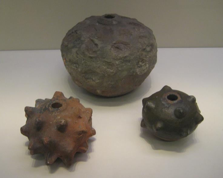 pots explosifs / grenades Grenad11