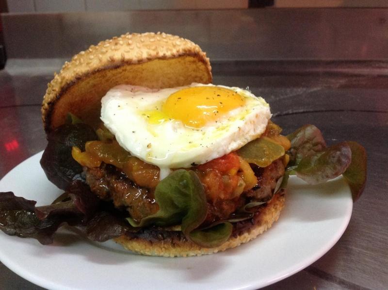 La Cuisine pour Gretschmen........ - Page 6 Burger10